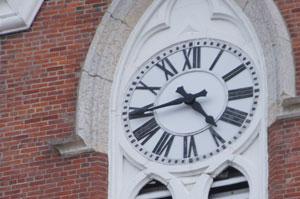 9 to 5 ist im Journalismus kaum möglich - aber rund um die Uhr zu arbeiten, ist auch keine Lösung.
