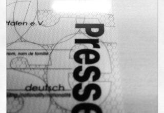 Viele wollen ihn: den Presseausweis (Bild Timo Stoppacher)