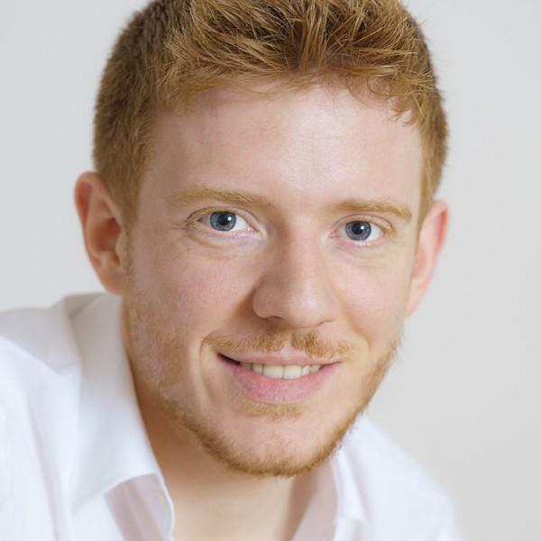 Daniel Held arbeitet als Online-Redakteur, Journalist und Lektor in Köln.